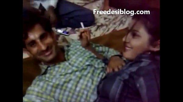 Desi bhabhi and Boyfriend Enjoy in Hotel Room With Hindi Audio