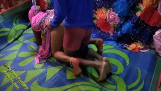 Desi Indian aunty xnxx sex with servant
