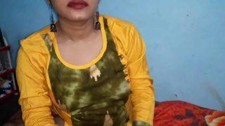 Xnxx in Telugu Indian Bhabhi Reshma Fuck By Young lover Mast Mast Chudai