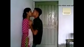 indian teen sex Hindi 17 yrs old unmarried girl boobs sucked by her neighbour