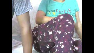 DESI Indian WOMAN masturbates with boyfriend indian xnxx video